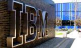 IBM'in geliri 22 çeyrek üst üste düşüşün ardından arttı