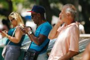Cep telefonunu kullanış davranışlarıyla siber dolandırıcılıkla mücadele