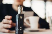 Apple'dan elektronik sigara yasağı