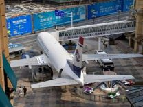 Boeing 737 tipi uçak restorana çevrildi