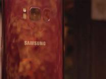 Kırmızı Galaxy S8 duyuruldu