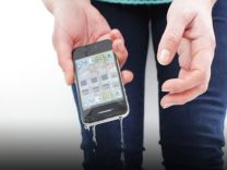 Telefonunuz suya düştüyse acilen bunu yapın!