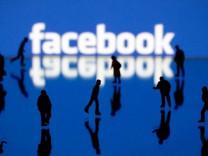 Facebook yapay zeka ile 9 kat hızlı çeviri yapacak