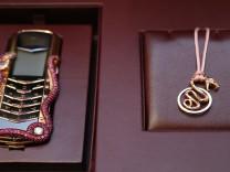 1.3 milyon TL'lik akıllı telefon satışa sunuldu