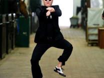 YouTube'un en çok izlenen videosu artık Gangnam Style değil!