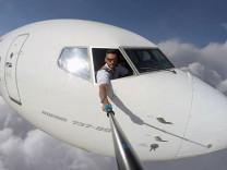 Sosyal medyada fotoğraflara tepki yağdı! Pilot sonunda gerçeği açıkladı