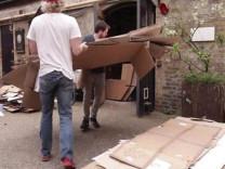 Mukavva kutulardan öyle bir şey yaptılar ki!