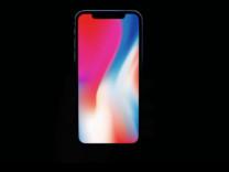 Tim Cook'a göre iPhone X fiyatını hak ediyor