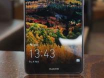 Huawei Mate 10 Pro iPhone X'den pahalı olacak