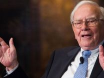 Warren Buffett'tan iPhone itirafı