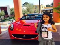 Dünya devleri 10 yaşındaki bu kızın peşinde!