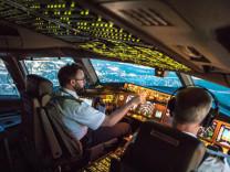 Nasıl pilot olunur? Aylık maaşları 21 bin lira