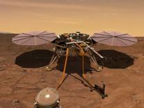 NASA'nın InSight robotu bugün Mars'a inecek