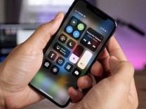 Apple'dan tepki çeken iPhone hatası