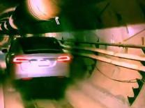 Elon Musk'ın dev yeraltı tüneli bugün açılıyor!