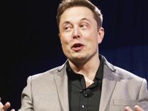 Elon Musk tüm dünyaya interneti böyle getirecek
