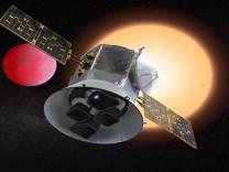Uydu SpaceX roketi ile bugün uzaya fırlatılacak.