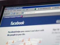 Facebook, Türkiye'deki kullanıcılarını uyardı!