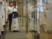 Demans hastalarına yardımcı robot geliştirildi