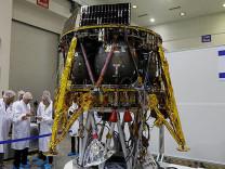 İsrail Ay'a uzay aracı yolluyor