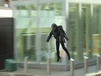 Iron Man'den ilham alarak üretilen uçan kostüm Londra'da