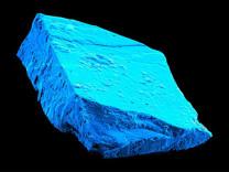 Meteor içinden çıkan mavi kristal Güneş sisteminin tarihine ışık tuttu