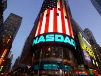 Nasdaq'tan 190 milyon dolarlık satın alma