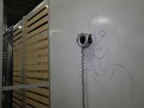 Google'ın duvara resim çizebilen robotu