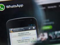 WhatsApp mesajlarınız farklı kişilere gidebilir