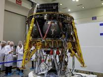 İsrail'in Ay'a gönderdiği insansız uzay aracı Dünya yörüngesinde