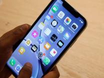iPhone uygulamaları gizlice sizi izliyor!