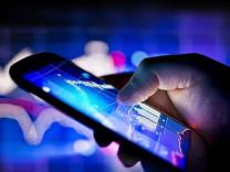 Telefonunuzdan silmeniz gereken uygulamalar