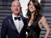 Jeff Bezos ile Mackenzie rekor tazminatla boşandı