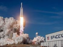 Kanada'ya ait 3 uydu uzaya fırlatıldı