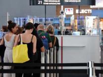 İstanbul Havalimanı'nda yolcular pasaporttan 18 saniyede geçebilecek