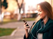 Müzik dinlerken o şifreye bile ulaşılacak