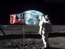 Türk bilim insanı Ay'a neden gidilmediğini açıkladı