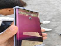 Huawei Mate 30 Pro, geniş çentiğiyle kanlı canlı görüntülendi