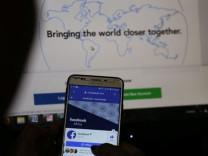 Facebook 'çöpçatanlık' özelliğini ABD'de uygulamaya açtı