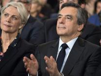 Türk hackerlar Fillon'un hesabını ele geçirdi