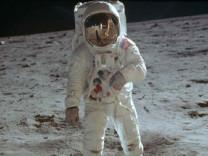 NASA'dan Ay fotoğrafı için yıllar sonra itiraf geldi!