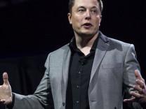 Elon Musk'tan 'yapay zeka' açıklaması
