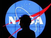 NASA, Ay ve Mars için iş ilanı yayınladı