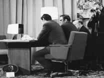 Dünyanın ilk 'özel' görüntülü araması, 50 yıl önce yapıldı