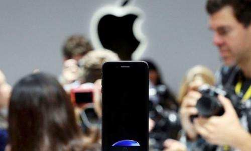 iPhone 8'de kablosuz şarja hazır olun!