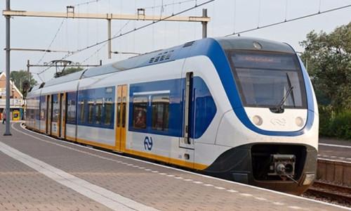 Hollanda'da trenler artık yüzde 100 rüzgar enerjisiyle çalışıyor