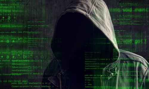 NATO'ya her ay 500 siber saldırı