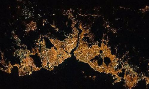 ABD'li astronot İstanbul'u uzaydan paylaştı