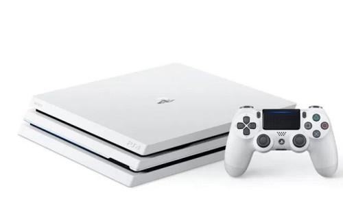 Beyaz PlayStation 4 Pro ön siparişe sunuldu