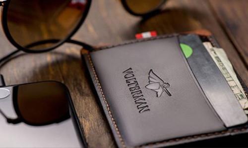Hırsızın fotoğrafını çeken akıllı cüzdan